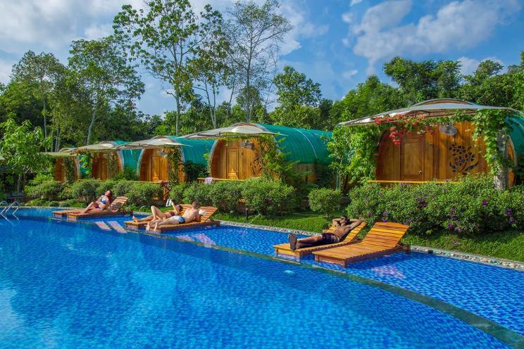 Hồ bơi trong/gần Phu Quoc Valley Sen Bungalow
